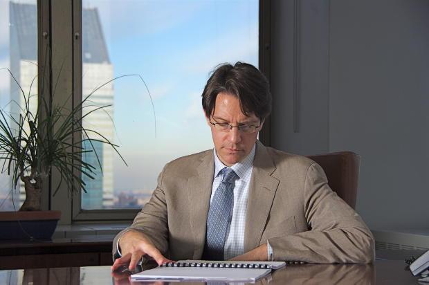 ビジネス英語スキルに最も必要なビジネス英語メールの書き方・挨拶編