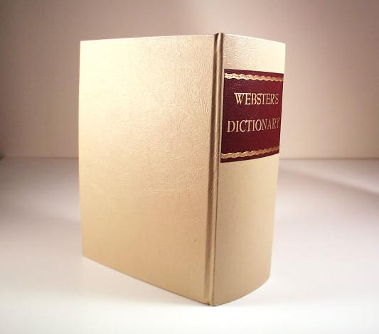 英和和英辞書より英英辞書が英語学習に効果的な理由