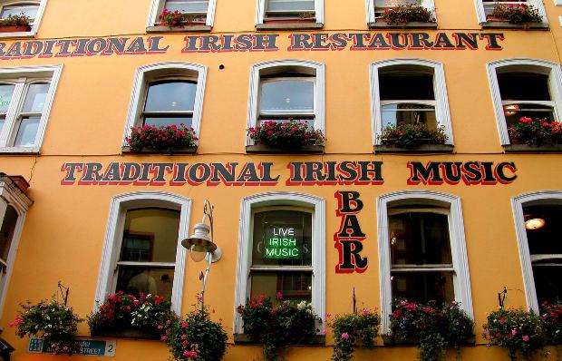 アイルランド英語を学ぶ:アイルランド留学やワーキングホリデー・観光に行く前の見るべき映画リストTOP5