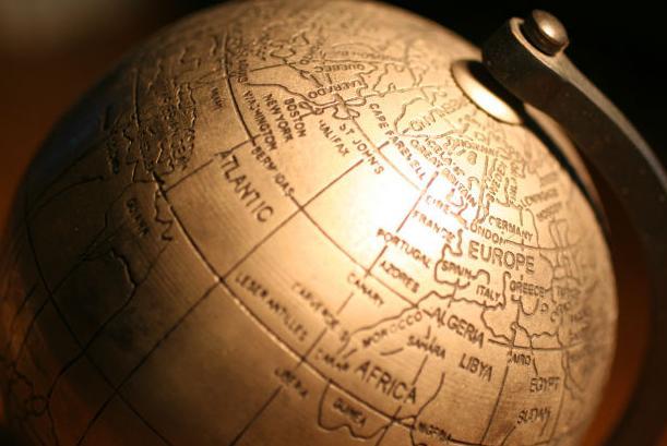 英語・外国語をペラペラ話せる人達の勉強方法の秘訣:英語習得にはどのくらいの学習時間が必要なのか