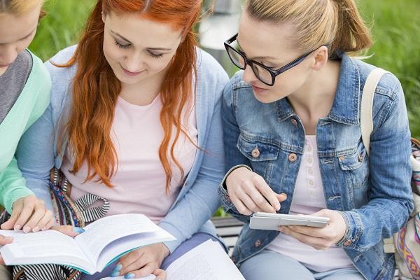 英語を勉強する際に独学で学んだ方がよい理由ベスト5