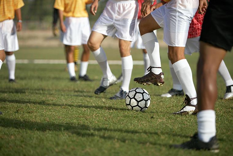サッカーを通じて英語を勉強する方法とは?