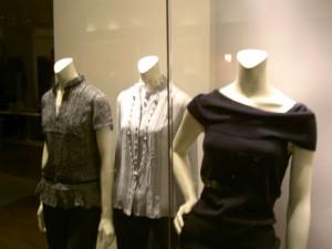 英語圏では通じない日本語の和製英語・外来語:洋服