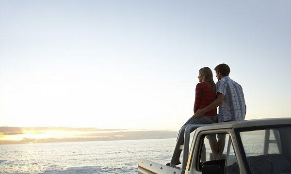 「flirt」や「flirting」とはどういう意味? 恋愛に関する英語フレーズを紹介します!