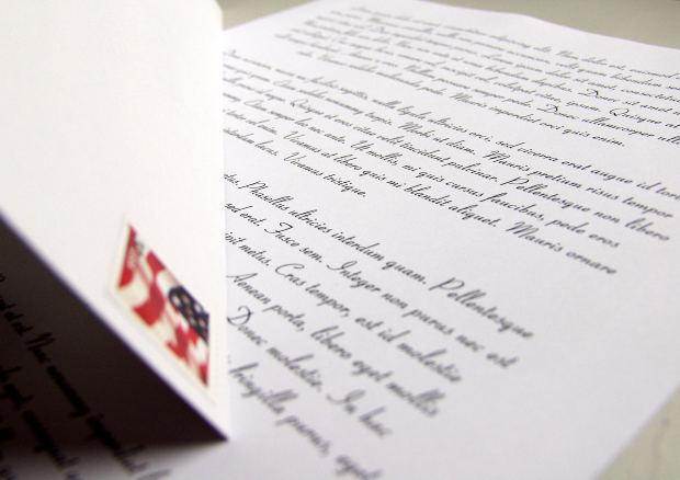 アメリカ英語とイギリス英語の英文ビジネスレターの形式の違いについて:英文ビジネスレターの例文集紹介