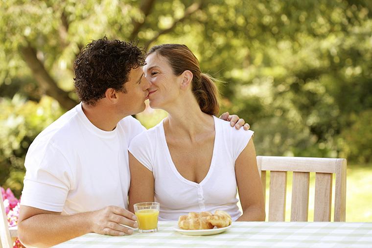 英語で「夫婦」という意味になる「married couple」