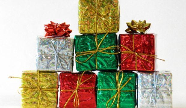 「present」と「gift」の違いと使い方、ニュアンス
