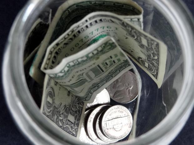イギリスとアメリカのチップ(tipping)カルチャーについて:チップをいくら払えばいいのでしょうか?