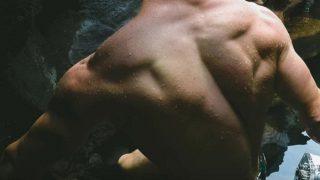 「筋肉」という意味になる「beef」