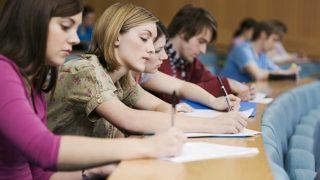 「受験」,「受験生」は英語で何と言う? 英語に翻訳しにくい日本語を紹介