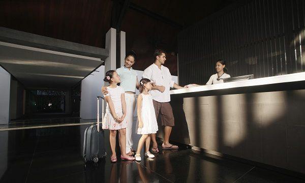海外のホテルやレストランを予約する際に使う「予約する」,「予約したい」,「予約がある」は英語で何と言う?