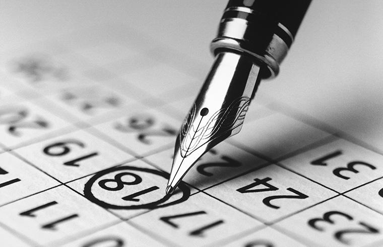 英語で曜日を書く際の大文字の使い方