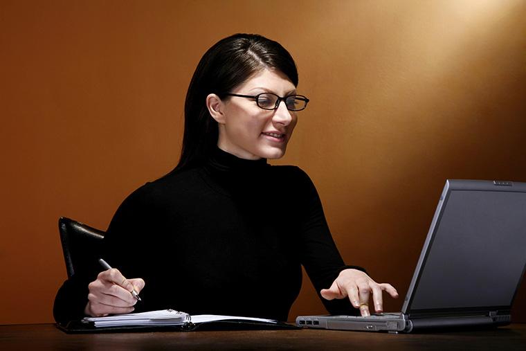 書き写しの代わりにお勧めの勉強法1「シャドーイング」