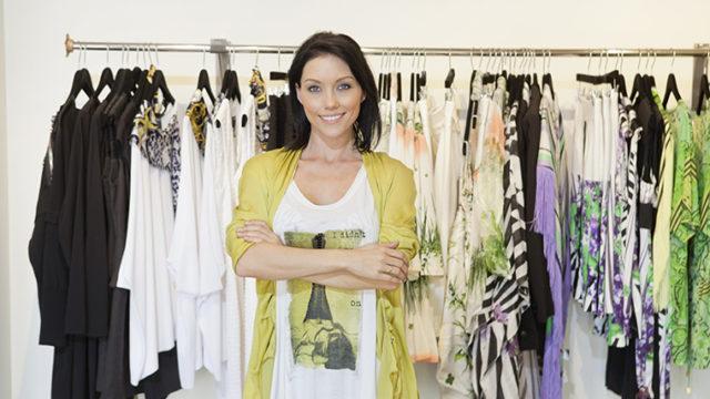 cloth、clothe、clothes、clothingの違いとは? 意味・正しい使い方を徹底解説