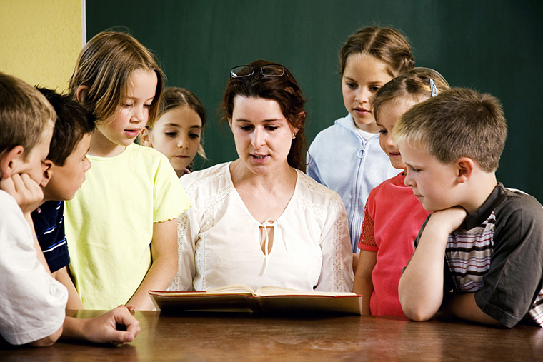 子供に英語のアウトプットを練習させるには一緒に絵本を読む事