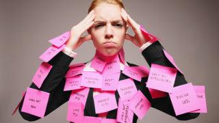 「忙しい」は英語で何という?「busy」以外の英単語とイディオムも紹介します!