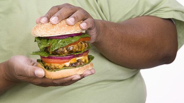 whopper(ワッパー)の意味とは? 実はハンバーガーの名前だけじゃない!?