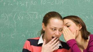 answerとreplyの違いと使い分けは? 「答える」という意味の英語
